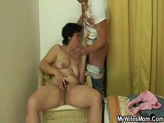 wife-going-wild-when-finds-him-fucking-her-mom