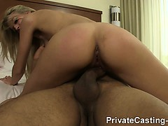 private-casting-x-wannabe-model-loves-it-rough