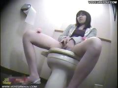 spy-toilet-room-masturbation
