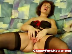 amateur-granny-showing-how-to-masturbate
